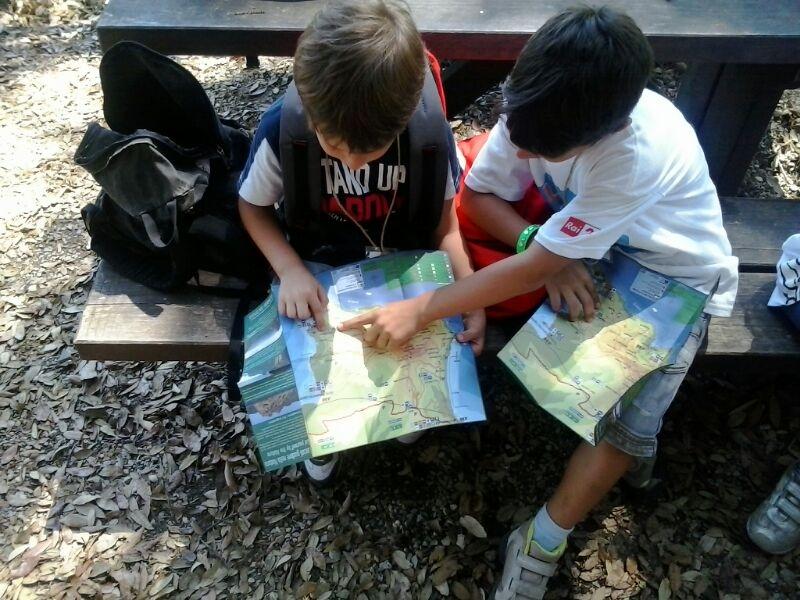 bimbi e cartina